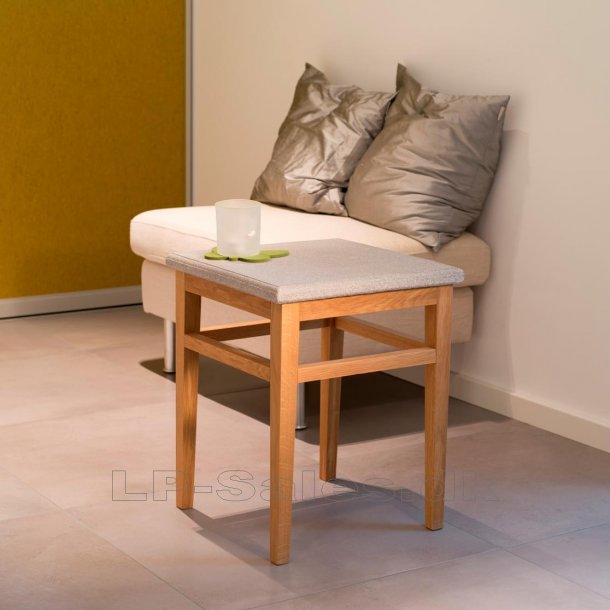 Bord, lav - Granicium® og naturfarvet eg - Denk Design