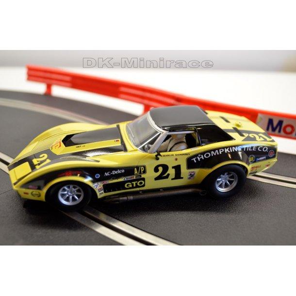 Chevrolet Corvette Stingray - Scalextric C3726