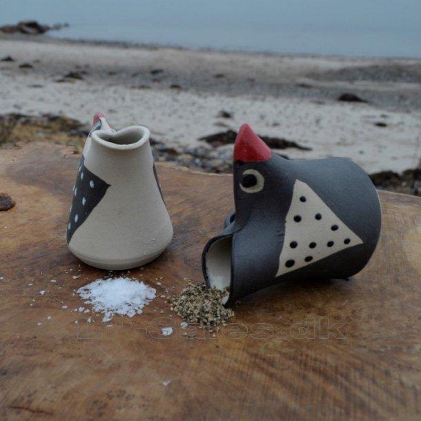 Saltbird - sæt - 1 lys og 1 mørk m. rødt næb