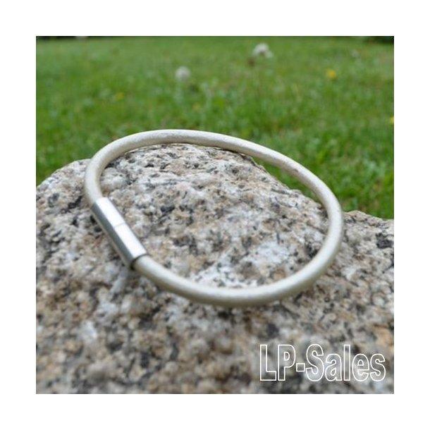 Læderarmbånd - beige læder - LAW05