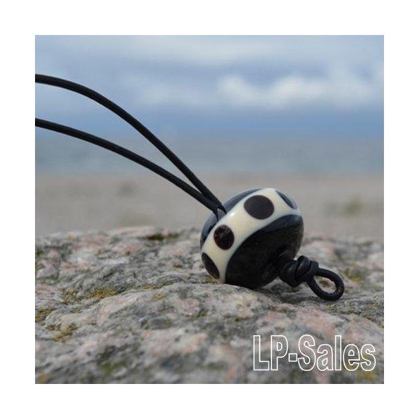 Halssmykke - rustical - sort/hvid-glat - Nr 02